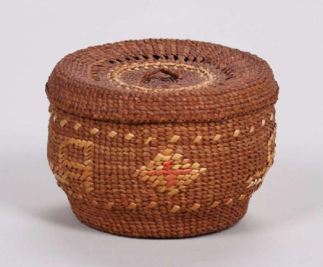 "Native American ""Alaska"" Basket c1900-1920 - 4"