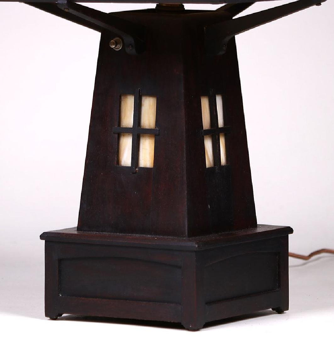 Arts & Crafts Mahogany & Slag Glass Cutout Lamp c1910 - 3