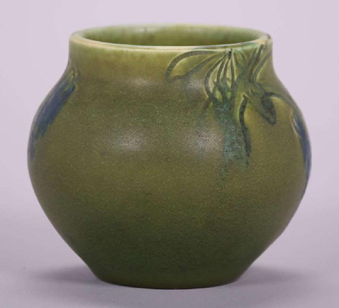 Rookwood 1904 Carved Matte Green Grapevine Vase - 4