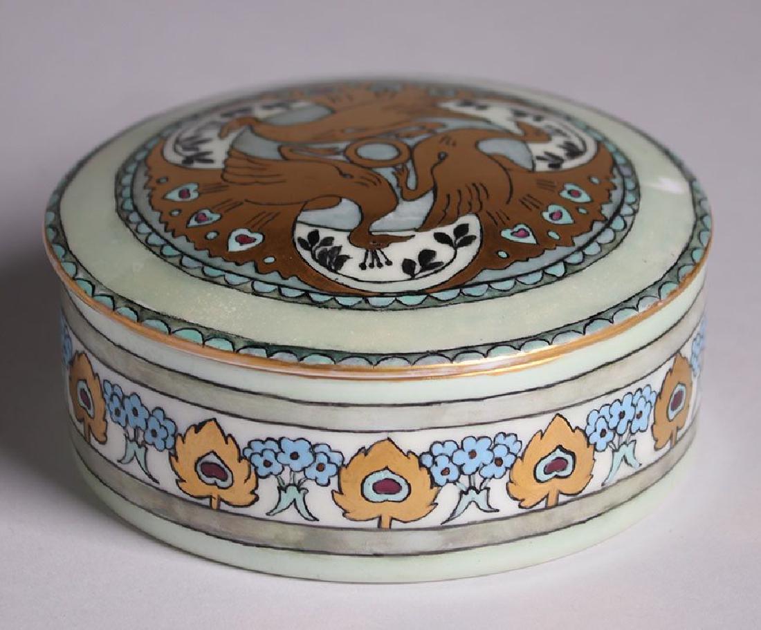 C.S. Babcock Hand-Painted Porcelain Bon-Bon Powder Box - 4