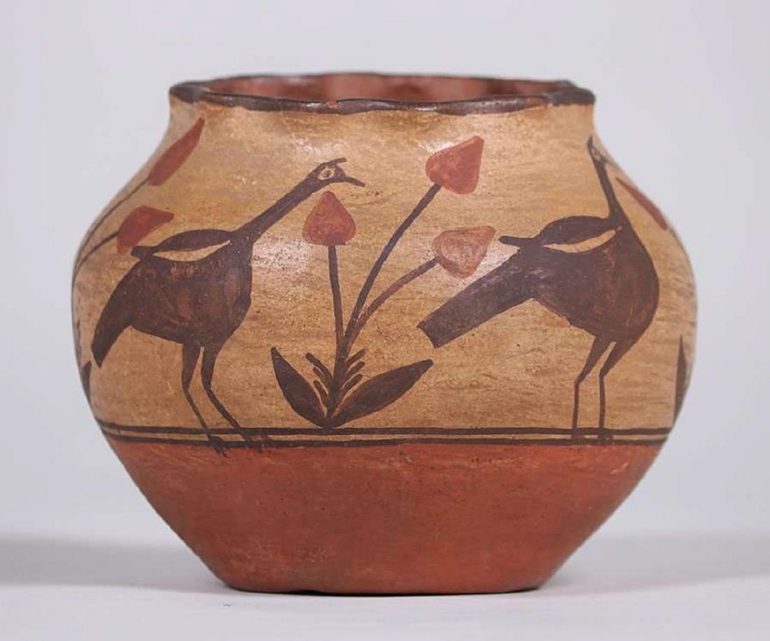Zuni Pueblo Turkey Vase c1920 - 2