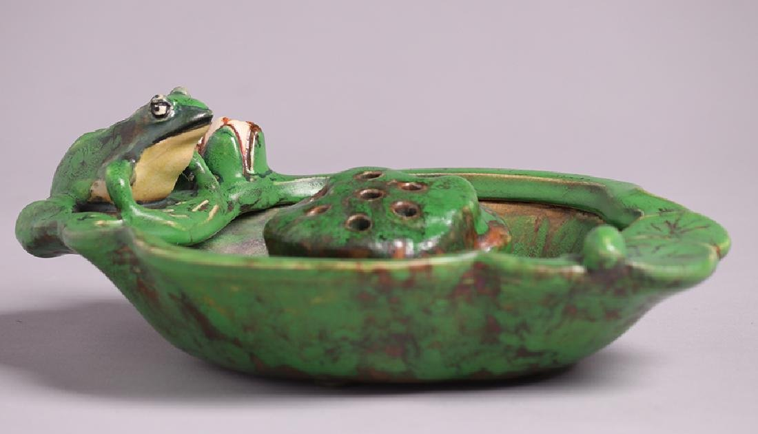 Weller Coppertone Lily Bowl & Frog - 2