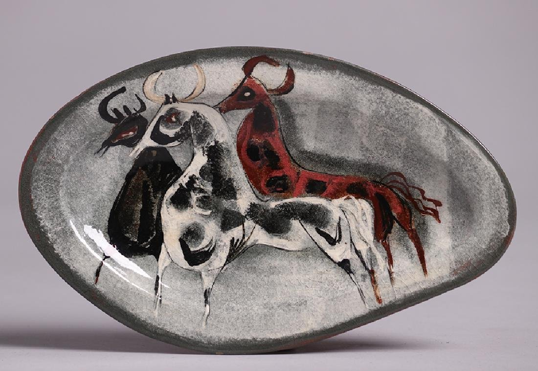 Polia Pillin Pottery Three Bulls Tray