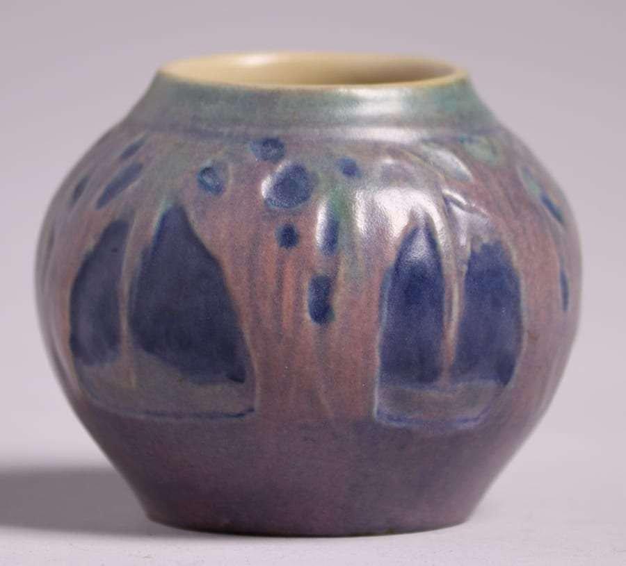 Newcomb College Miniature Scenic Vase Sadie Irvine