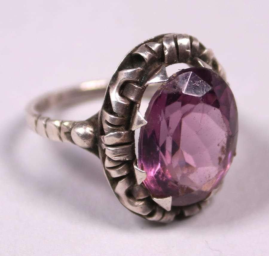 Arts & Crafts Sterling Silver Amethyst Ring c1905