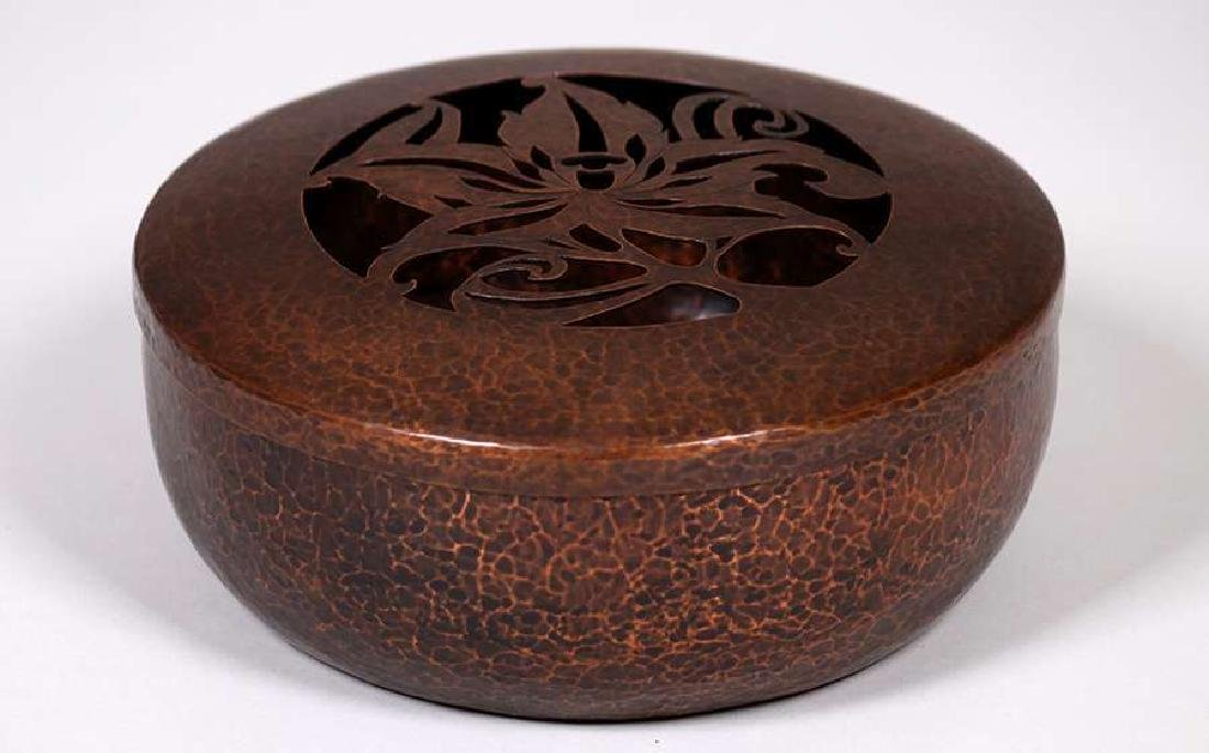 Arts & Crafts Hammered Copper Potpourri Container c1910