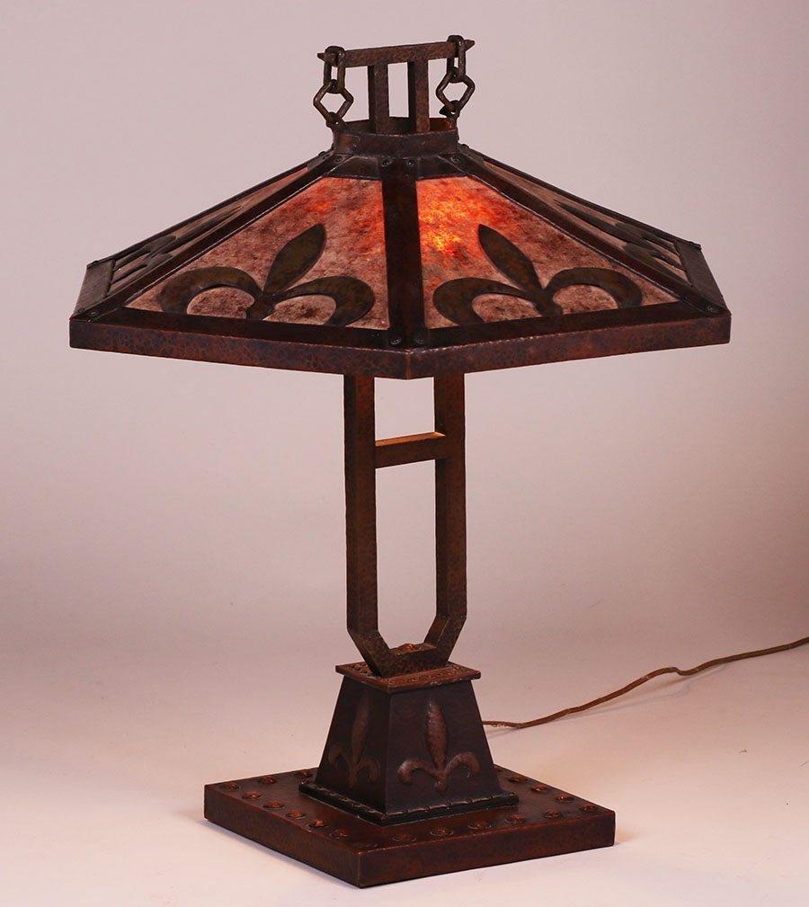 Handel Hammered Copper & Mica Lamp c1910