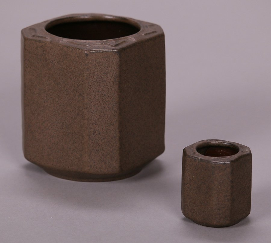 Small Early Fulper 8-Sided Matte Brown Vase - 4