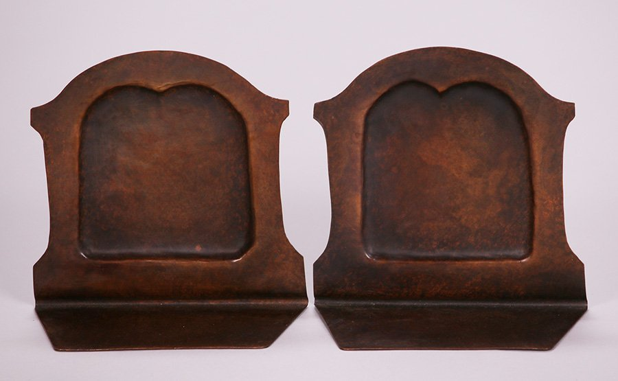 Pair of Early Craftsman Studios Mission Bookends - 3