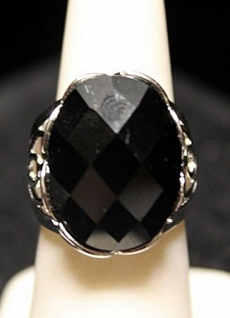 Gorgeous Black Onyx SS Ring. (22ZR)