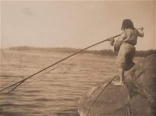 Edward Curtis, Ready to Throw the Harpoon, 1915