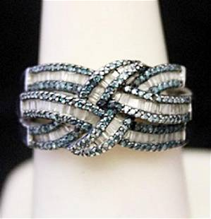 Gorgeous Silver Ring with Lab Alexandrites Baguettes