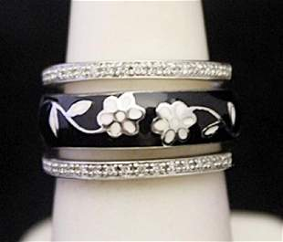 Ladys Fancy Silver Trio Ring with Black Onyx