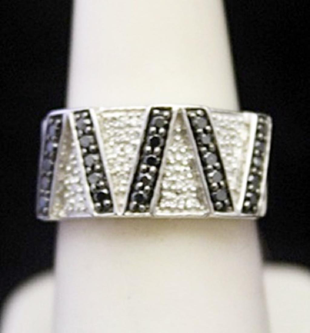 Beautiful Silver Ring with Black & White Diamonds
