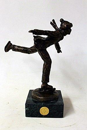 """Bronze Sculpture """" Skater """" By Dennis Smith. (19CI)"""