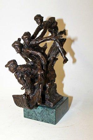 """Bronze Sculpture """" Toboggarest """" By Dennis Smith. - 3"""