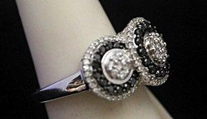 Gorgeous Silver Ring with Black & White Diamonds - 2