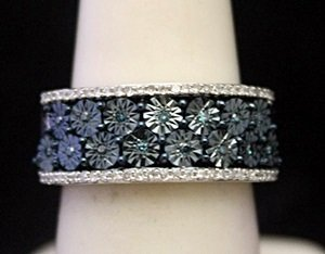Gorgeous Silver Ring with Blue Topaz & Diamonds