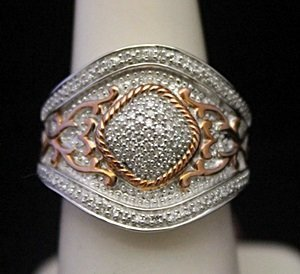 Gorgeous Silver Cocktail Ring with Cluster Diamonds