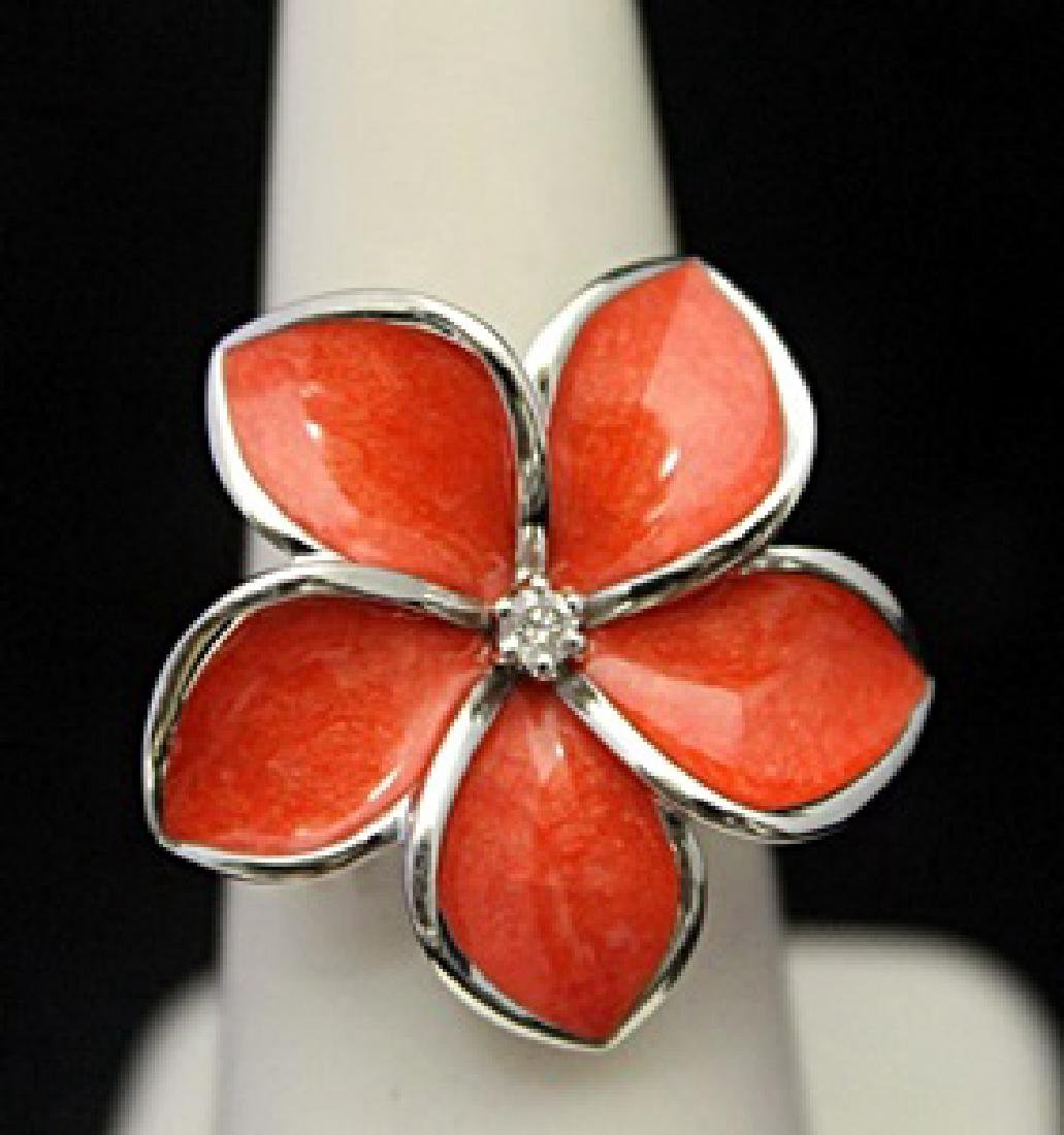 Lady's Gorgeous Silver Flower Shape Ring with Diamond
