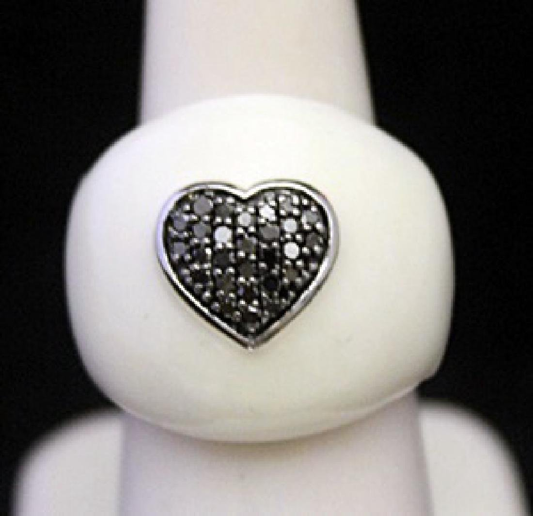 Fancy Silver Ring with Mother of Pearl and Heart Shape