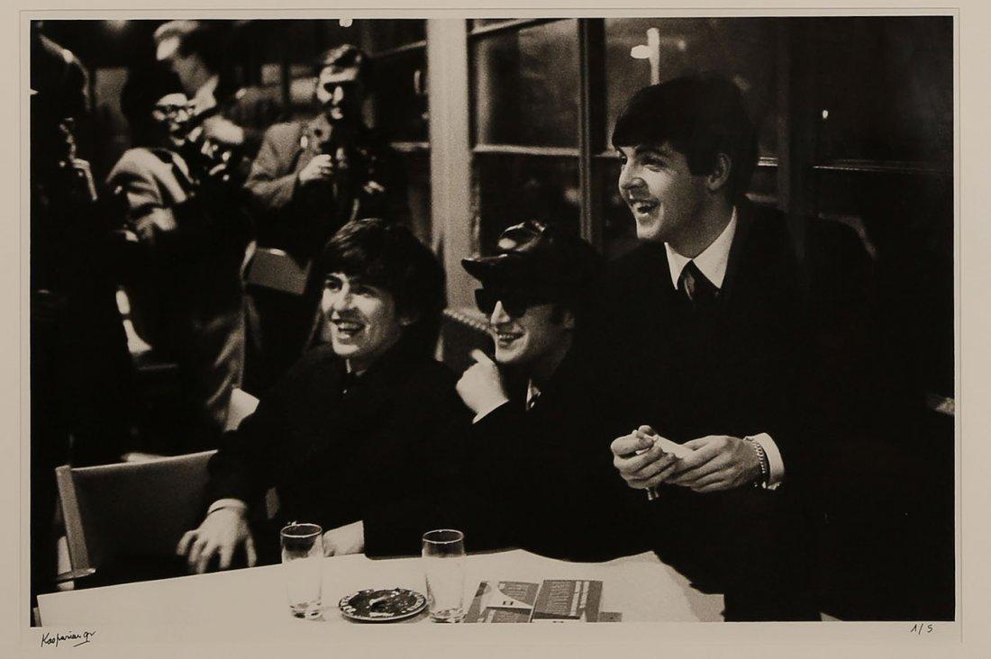Roger Kasparian (ne en 1938) The Beatles tout sourire,