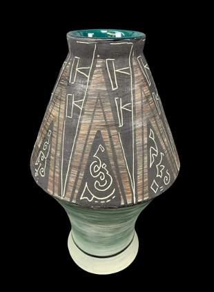 Early Mcm Maracay Studio Art Pottery Vase