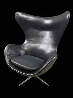 Original Black Leather Egg Chair By Arne Jacobsen