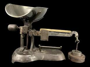 Antique Cast Iron General Store Scale