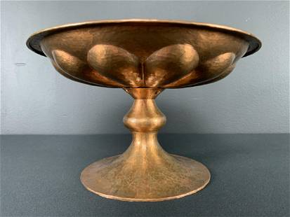 Arts And Crafts Hammered Copper Footed Bowl Tazza