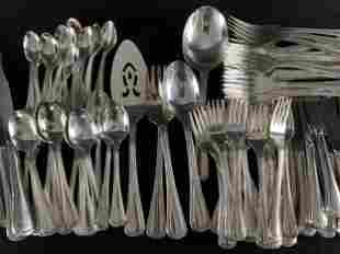 165 Piece Oneida Silver Plate Flatware Service