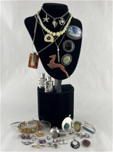 Large Lot Silver, Gold, Jade Jewelry, Chinese