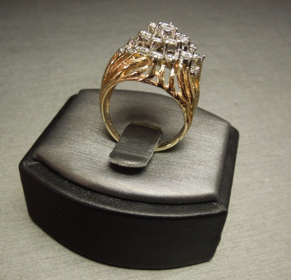 C 1970 14KT Pierced Flame Cluster Diamond Dome Ring - 3