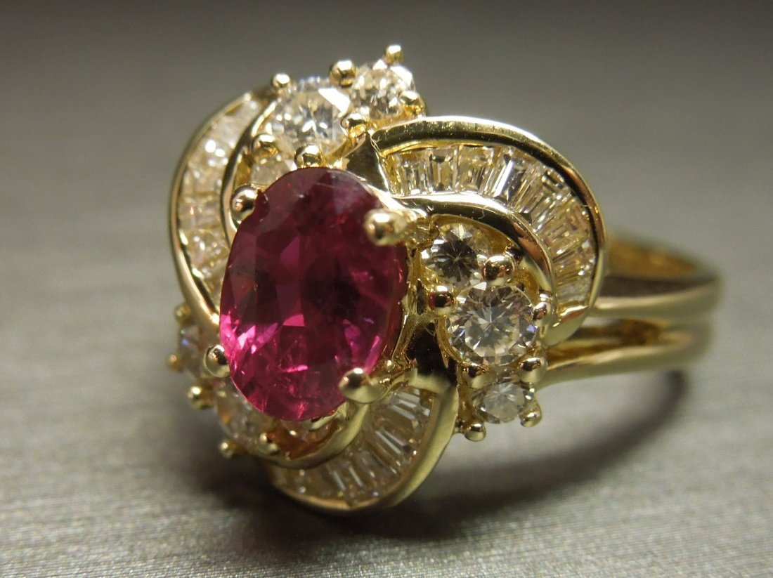 C 1980 14KT Gold 3ct Ruby & Diamond Cocktail Ring - 5