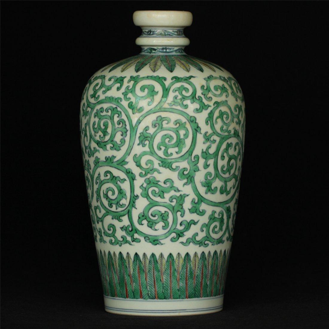 Doucai porcelain vase of Ming Dynasty ChengHua mark. - 3