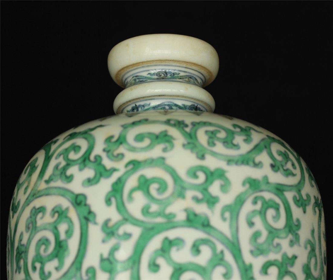 Doucai porcelain vase of Ming Dynasty ChengHua mark. - 5