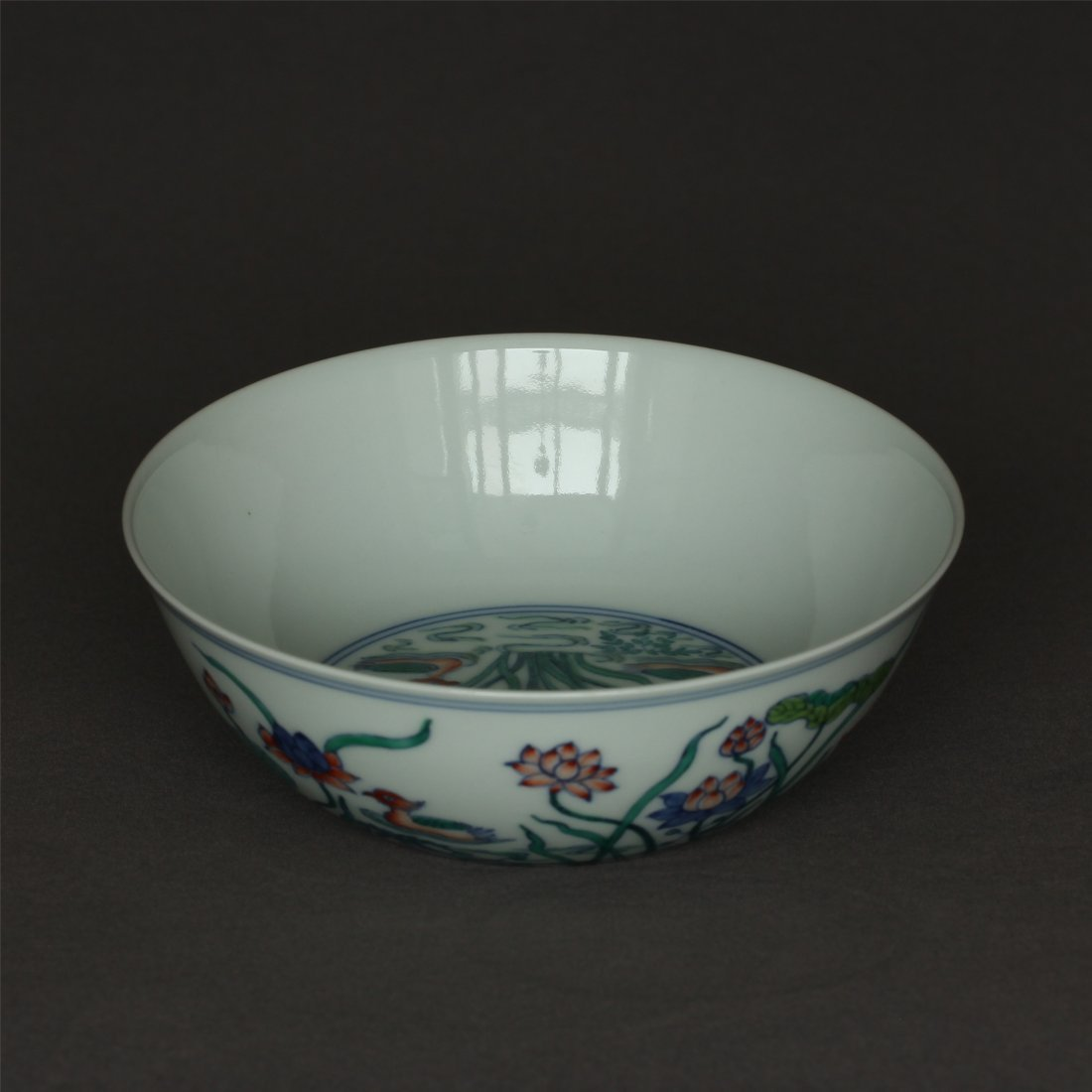 Doucai porcelain bowl of Ming Dynasty ChengHua mark. - 4