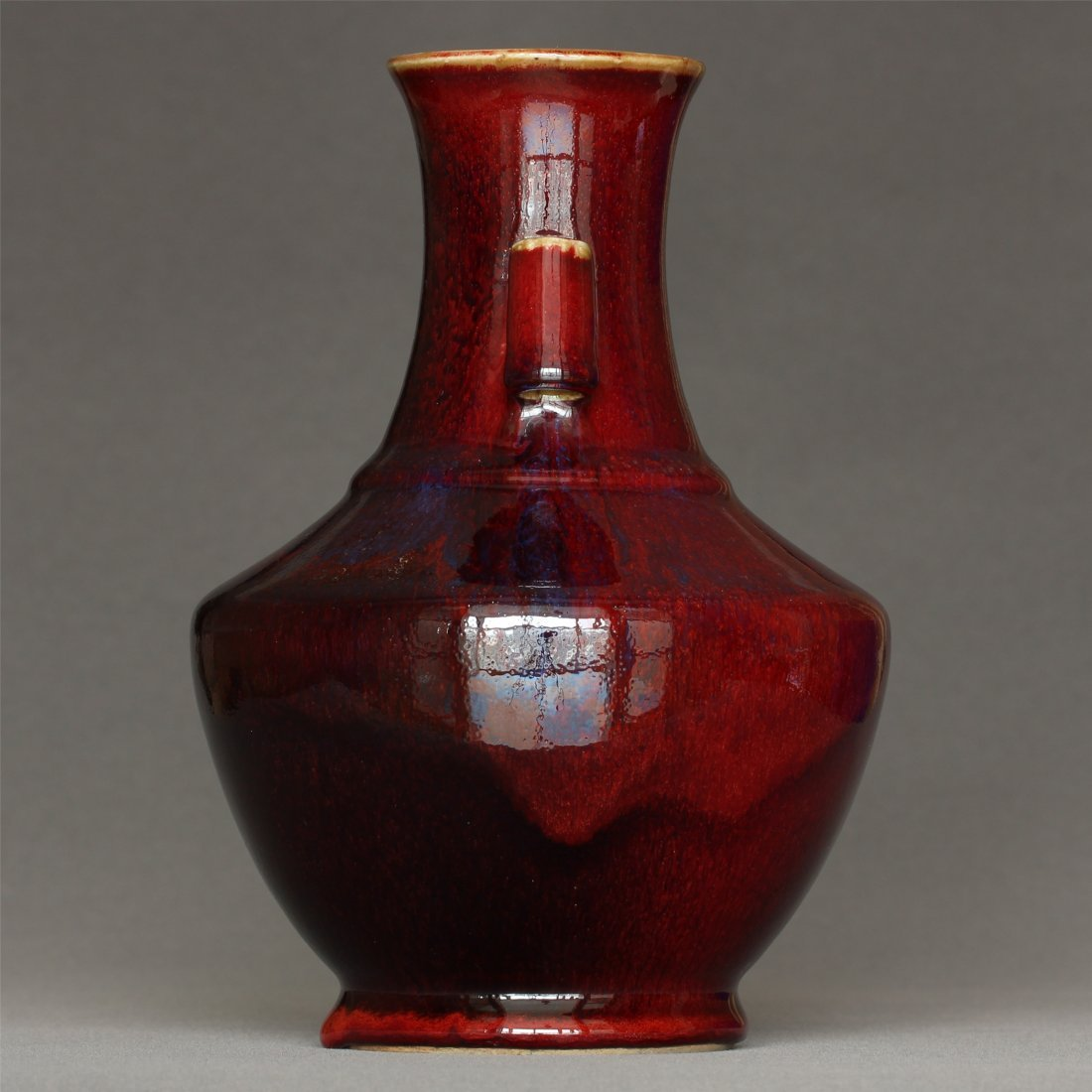 Red glaze porcelain vase of Qing Dynasty QianLong mark. - 4