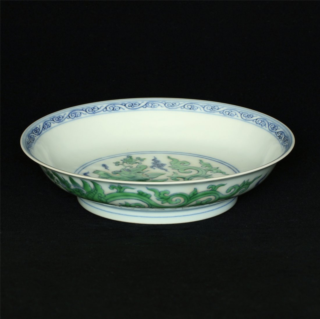 Doucai porcelain plate of Ming Dynasty ChengHua mark. - 5