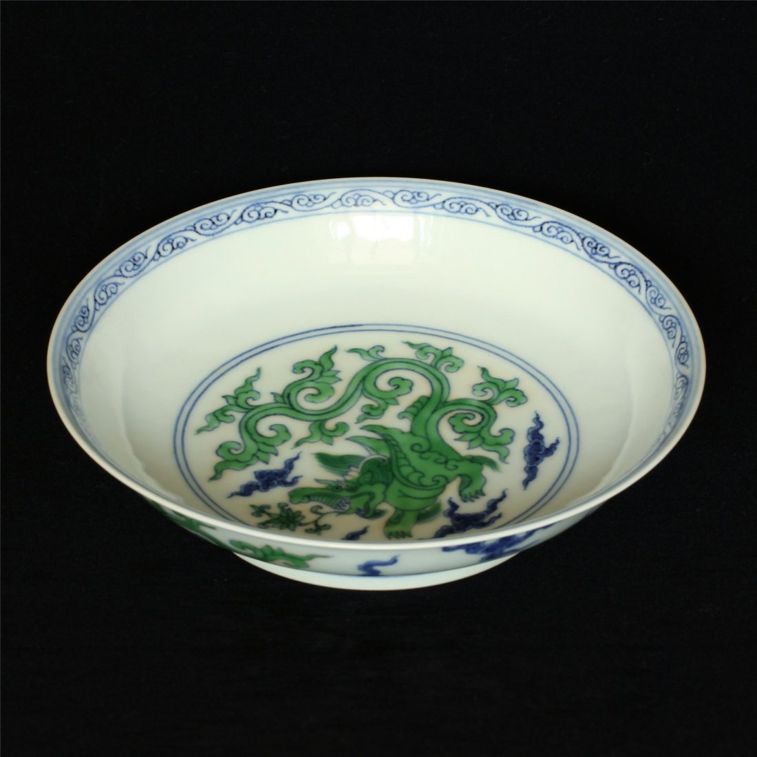 Doucai porcelain plate of Ming Dynasty ChengHua mark. - 9
