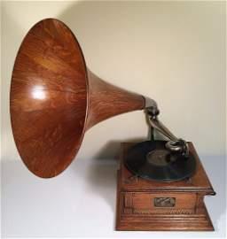 Antique Oak  Large Horn  VICTORY Phonograph