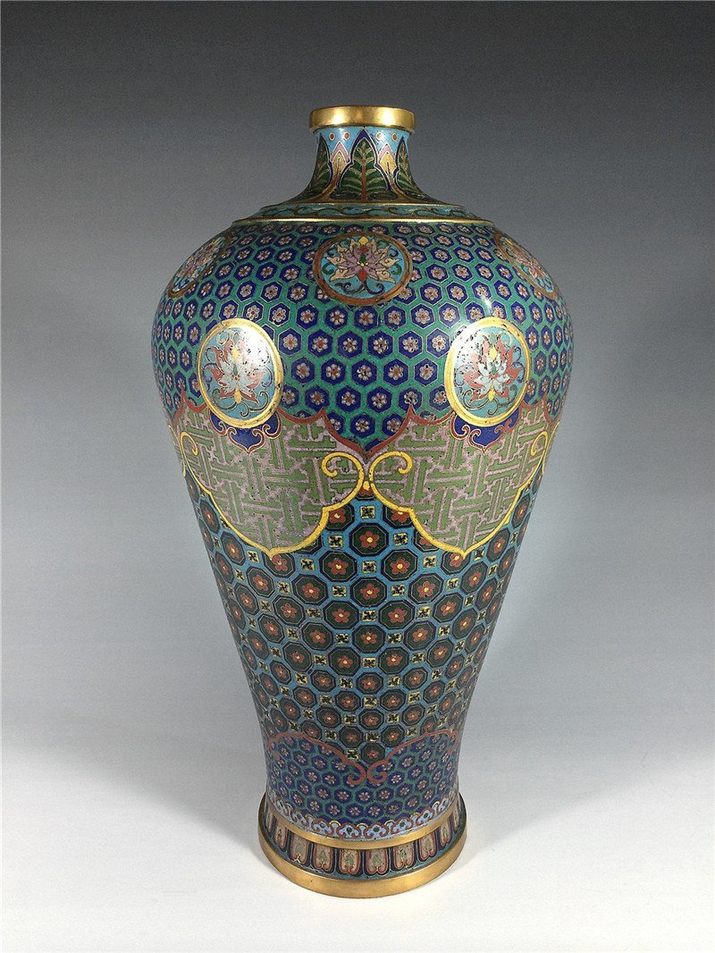 "Exquisite Qing Dynasty ""QianLong"" cloisonne gilt  large"