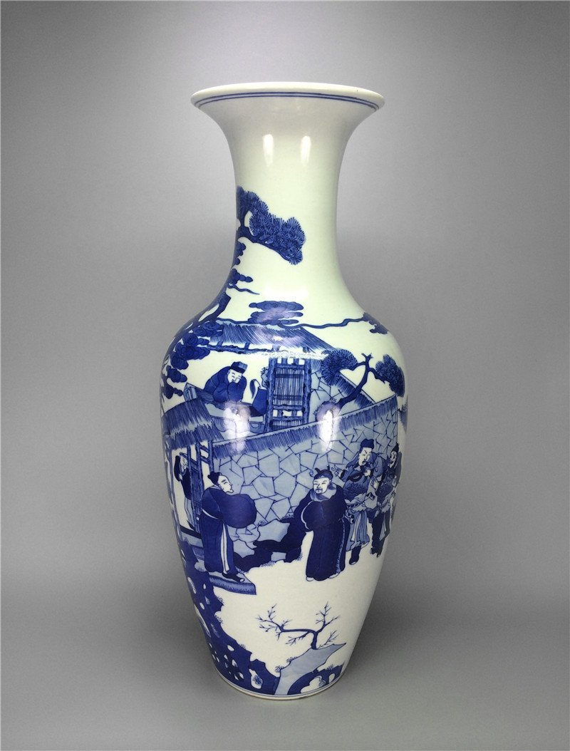Chinese antique blue and white porcelain Large vase. Me