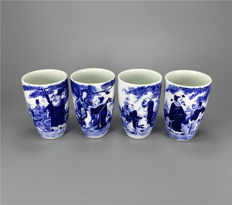 Four blue and white porcelain Cups,Qing Dynasty KangXi