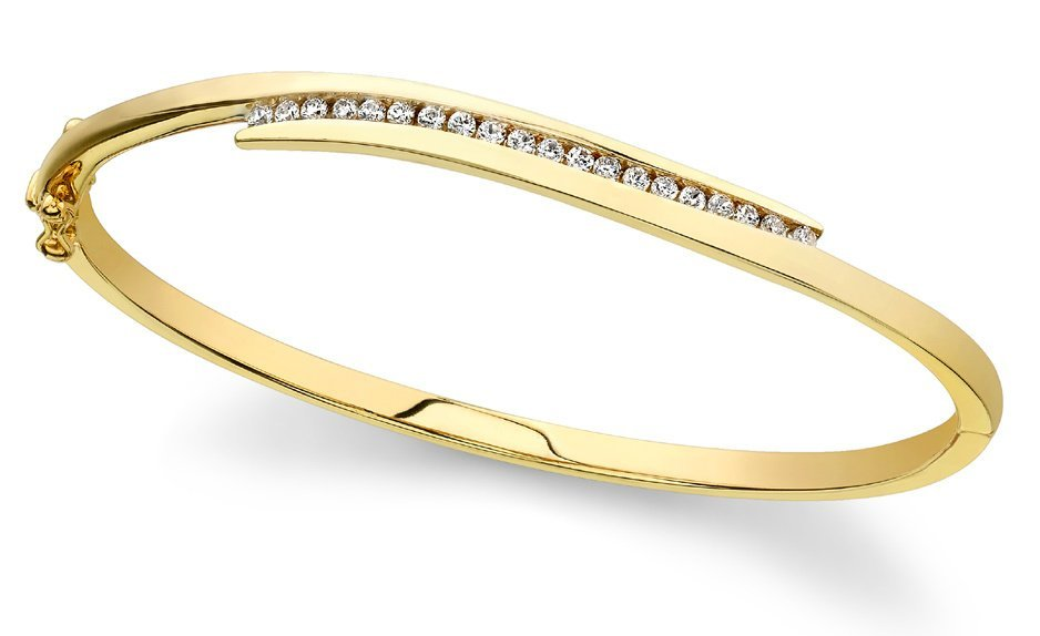 14KT Gold 1 ct Diamond Bracelet Featuring 19.5 Grams of
