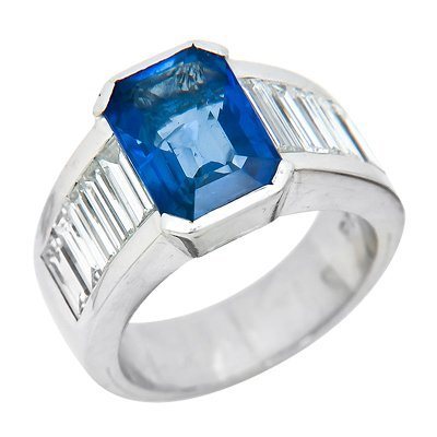 PLAT SAPPHIRE & DIAMOND RING 17.4 GRAMS
