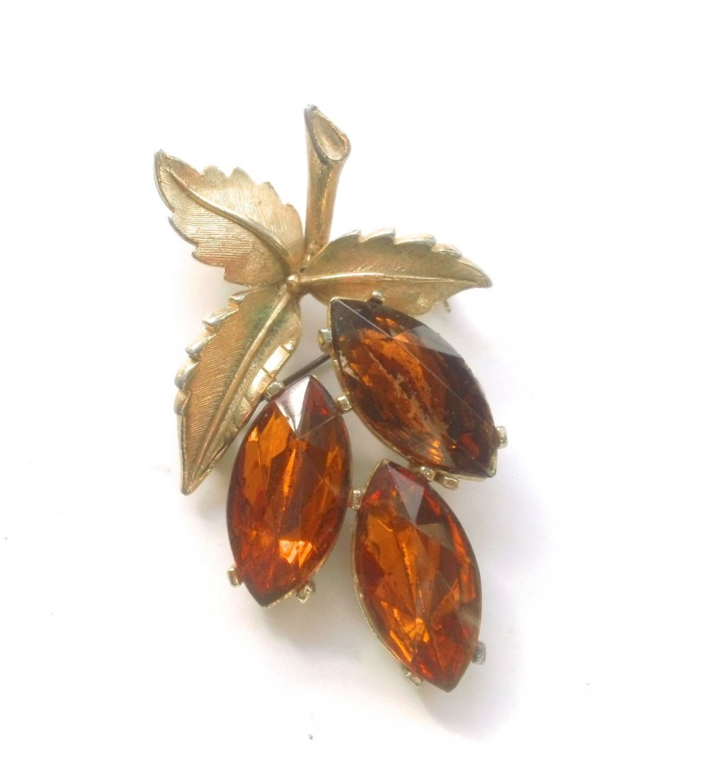 Vintage Spinx Leaf Brooch with gorgeous leaves of topaz