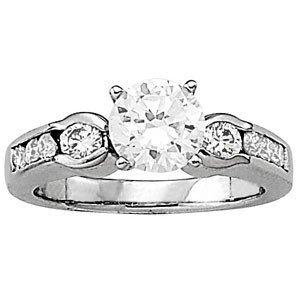 14K Gold 1.04 ctw Round Diamond Ring.  Brand New!   Fea