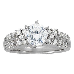 14K Gold 2.18 ctw Round Diamond Ring.  Brand New!   Fea