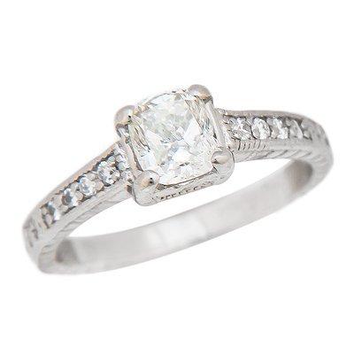 PLATINUM DIAMOND RING 6.6 GRAMS   1CUSH=1.02